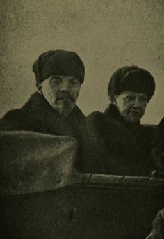Lenin and Krupskaya at the 1st May parade in 1918