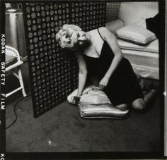 MARILYN MONROE VINTAGE PHOTOGRAPHS - Current price: $300