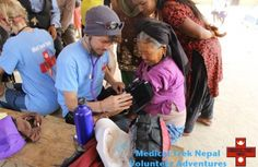 medical trek nepal volunteers trekthimalaya.com