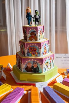 This truly is eatable artwork! You can't go wrong with The Muppets. I bet this cake put a smile on the face of EVERY guest!  Cake by Blue Note Bakery.  Photo by Ryan Green Photography via Offbeat Bride.