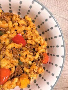 Gerechten zonder pakjes en zakjes #162. Macaroni stroganoff (Honig) -