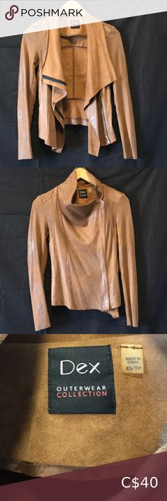 🍂 Dex Imitation Suede Jacket Very soft, light weight jacket Imitation/ faux suede Material: 88% Polyester, 12% Spandex Size XS fits like a SM 🍂 Fall/ Winter fashion 👌 Great, like new, used condition ⚡ Fast shipping 🚬 FREE home ✍ Make me and offer! Dex Jackets & Coats Blazers & Suit Jackets Suede Blazer, Knit Blazer, Suede Jacket, Black Leather Bomber Jacket, Faux Leather Jackets, Satin Jackets, Zara Jackets, Boucle Jacket, Knit Jacket