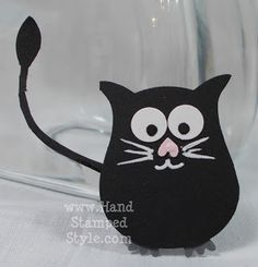 hand crafted embellishment for card/scrapbook ... punch art black cat made using the Stampin' Up! owl builder punch ... too cute!