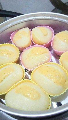 Kakanin - Page 2 of 5 - Mama's Guide Recipes Filipino Dishes, Filipino Desserts, Asian Desserts, Filipino Recipes, Puto Cheese Recipe, Puto Recipe, Rice Flour Recipes, Baking Recipes, Native Foods