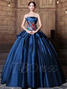 Strapless Ball Gown Embroidery Pick-Ups Floor-Length Quinceanera Dress online shopping mall, buying fashion dresses & rapid delivery. Start your amazing deals with big discounts! Ball Gown Dresses, 15 Dresses, Cheap Dresses, Evening Dresses, Fashion Dresses, Dresses With Sleeves, Floral Dresses, Gown Dress Online, Cheap Quinceanera Dresses