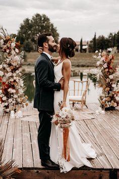 Ceremony Backdrop, Wedding Ceremony, Our Wedding, Boho Wedding Flowers, Floral Wedding, List Of Flowers, Wedding Mood Board, Wedding Photo Inspiration, October Wedding