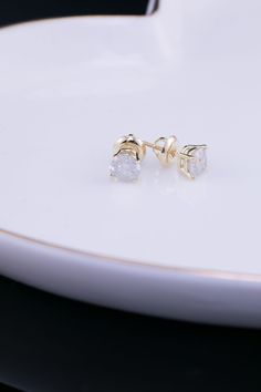 cfcb14d9e Certified 18k Yellow Gold 4-Prong Basket Round Diamond Stud Earrings 0.50  ct. tw. (I-J, I1)