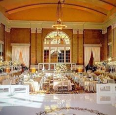 Magical wedding reception at Union Station / www.mmspecialevents.com / M&M Event Rental Dallas / M&M Event Rental Chicago / #mmspecialevents