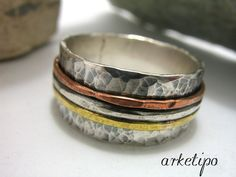 Personalized hammered Ring of sterling silver, brass and copper for men / women (unisex).. Wedding Band.. Mens / Womens Band