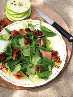 Diyet Elmalı Ispanak Salatası | Sağlıklı Zayıfla Mutlu Kal