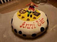 Njut av dagen som den kommer...: Pippitårta Cake, Desserts, Food, Tailgate Desserts, Deserts, Food Cakes, Eten, Cakes, Postres
