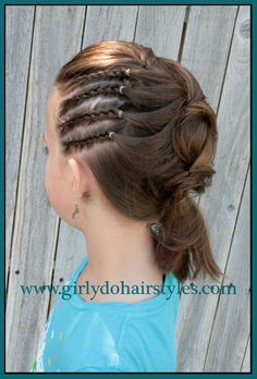 Girly Do's By Jenn: Tween Side Ponytail. Cute for a flower girl updo Girls Updo, Girls Hairdos, Cute Hairstyles For Kids, Pretty Hairstyles, Braided Hairstyles, Girly Hairstyles, I Like Your Hair, Great Hair, Little Girl Hairdos