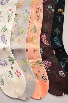 Antipast - Embroidered Floral Socks