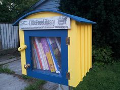 Little Free Library boxes... gotta make one for my front yard!