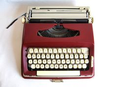 Vintage Typewriter  Maritsa 22 by Lunartics on Etsy, €100.00