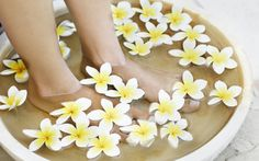 The perfect DIY scrub for those tired feet - StyleList Video