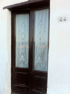 Classic French...oh no...Italian doors in Ponza, Italy...RusticaLife