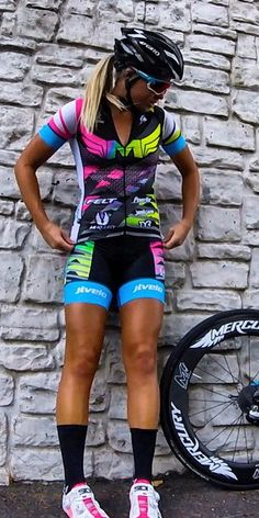 JLVelo Women's Mackenzie Madison Collection Cycling & Triathlon Made in USA http://amzn.to/2rwH7q1