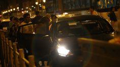 Lima: Taxis-colectivo toman las calles en la noche #Peru21