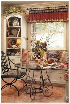 80 French Country Dining Room Table and Decor Ideas - Page 69 of 80 French Country Dining Room, French Country Kitchens, French Country House, Kitchen Country, French Country Curtains, Country Kitchen Designs, Kitchen Ikea, Kitchen Decor, Kitchen Nook