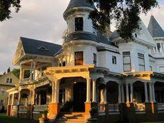 Where the Two Rivers Meet - New Bern, NC: The Blades House, Johnson Street, New Bern, NC