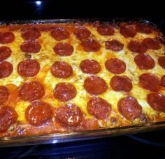 Baked spaghetti with cream cheese Recipe by tyna.holden Baked spaghetti with cream cheese Recipe by tyna. Casserole Spaghetti, Pizza Casserole, Casserole Recipes, Pasta Recipes, Beef Recipes, Cooking Recipes, Spaghetti Pizza Bake, Recipe Pasta, Italian Recipes