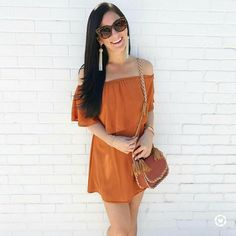 Peach Orange, Girl Fashion, Autumn, Bags, Outfits, Girls, Clothing, Women's Work Fashion, Handbags