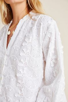 Neutral Blouses, White Blouses, Romantic Outfit, Romantic Clothing, Boho Fashion, Fashion Outfits, Lace Ruffle, Floral Blouse, Boho Tops