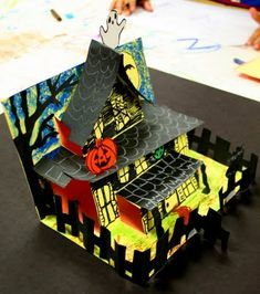 smART Class: Spooky Houses...can be any kind of house...Gingerbread House, Victorian house....