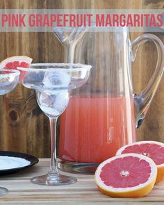 Pink Grapefruit Margaritas - cup simple syrup, juice of 8 ruby red grapefruit, 6 oz silver tequila Pool Drinks, Party Drinks, Summer Drinks, Cocktail Drinks, Fun Drinks, Alcoholic Drinks, Beverages, Cocktails, Grapefruit Smoothie