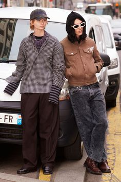 Men's Fashion, Fashion News, Fashion Show, Fashion Week Schedule, Streetwear, Satin Trousers, Classic Wardrobe, Vogue, Street Style