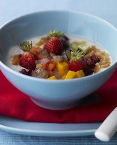 Salada de Fruta com Iogurte e Cereais FITNESS