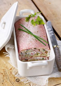 Ham Terrine Recipe with Goat and Potato: The Easy Recipe - Recipes Easy & Healthy Food Porn, No Cook Meals, Cooking Time, Hummus, Food Inspiration, Love Food, Brunch, Easy Meals, Food And Drink