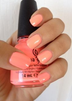 China Glaze Coral Nail Polish (it will get you right when the nail shops in the hood don't have Essie, OPI or Zoya. Love Nails, How To Do Nails, Pretty Nails, My Nails, Coral Toe Nails, Bright Coral Nails, Coral Acrylic Nails, Bright Colors, Glitter Nail Polish