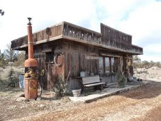An old, abandoned gas station on the highway between Sisters and Redmond. It must be from the 1920′s.