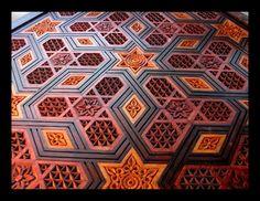 mesa estilo árabe.