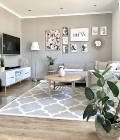 42 brilliant solution small apartment living room decor ideas and remodel 22 Living Room Grey, Home Living Room, Interior Design Living Room, Living Room Decor, Rooms Home Decor, Living Room Carpet, Gray Room Decor, Living Roon, Living Room Modern