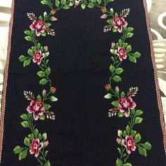 This Pin was discovered by Şey Cross Stitch Rose, Cross Stitch Flowers, Cross Stitch Embroidery, Cross Stitch Patterns, Prayer Rug, Floral Tie, Projects To Try, Inspiration, Design