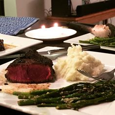 Steak with asparagus and potatoes// Valentine's Day