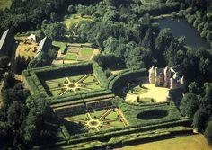 Chateau de Cordes - Jardins - Puy de Dome, Auvergne