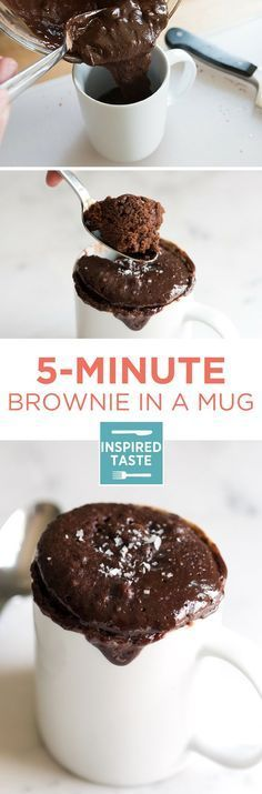 Brownie in a Mug With just a few ingredients and 5 minutes, you can be in brownie heaven. Here's our favorite brownie in a mug recipe.With just a few ingredients and 5 minutes, you can be in brownie heaven. Here's our favorite brownie in a mug recipe. Just Desserts, Delicious Desserts, Dessert Recipes, Yummy Food, Healthy Food, Microwave Brownie, Microwave Recipes, Mug Recipes, Sweet Recipes