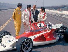 Joe Leonard, Al Unser, Parnelli Jones, Mario Andretti, 1972. Unsuccessful v-wing car at Ontario Motor Speedway.