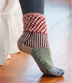 Martingale – Knitting Scandinavian Slippers and Socks eBook - Knitting for Beginners Fair Isle Knitting, Easy Knitting, Knitting Socks, Loom Knitting, Crochet Socks, Knitted Slippers, Knit Crochet, Knit Socks, Crochet Granny