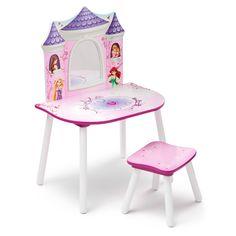 Alle små piger drømmer om at være en prinsesse. Dette Disney prinsesse sminkebord med spejl og stol giver vores små piger mulighed...