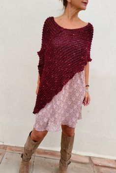Red dark poncho, burgundy wrap, hand knit poncho, loose knitting,  This red dark poncho it could be describe like a beautiful wine, beacause of its red color with touches of berries fuchsia, soft, sweet but warm...... I love it!!!  Its a perfect winter accessory rolling in your neck (photo 5) and leaving fall in your shoulders when you take of your coat.  Hand knitted in a mixture of wool and acrylic, soft and warm. Loose knitting way.  Sizes: 8/10 US, 8/10/12 UK  Made by order...