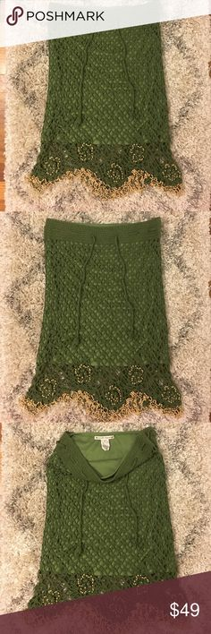 Nanette Lepore green crotchet skirt This is a gorgeous skirt crotchet with beaded detail on fringe and bottom. Pair w a crop top for a tropical island look. Can fit an xsmall or small Nanette Lepore Skirts