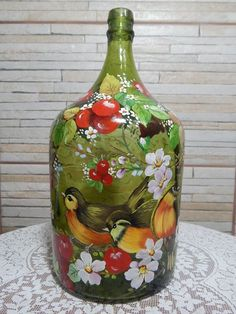 1 million+ Stunning Free Images to Use Anywhere Recycled Glass Bottles, Painted Wine Bottles, Painted Jars, Painted Wine Glasses, Wine Bottle Art, Diy Bottle, Wine Bottle Crafts, Mason Jar Crafts, Homemade Home Decor