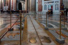 Unexpected Rome: Santa Maria degli Angeli e dei Martiri http://anamericaninrome.com/wp/2015/12/unexpected-rome-santa-maria-degli-angeli-e-dei-martiri/ http://www.sacred-destinations.com/italy/rome-santa-maria-degli-angeli