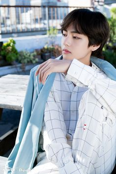 Taehyung || Shooting Special BTS 5th Anniversary Party [180615] Credit : Dispatch x Naver‬