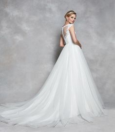 Illusion tulle, buttons and delicate lace appliqué. What more could a girl want? 'Celeste' by Anna Sorrano is an absolute stunning choice for your weddingIs this 'the one' for you? Wedding Dressses, Wedding Gowns, Princess Wedding Dresses, Designer Wedding Dresses, Lace Applique, Vintage Dresses, Tulle, Bride, Elegant